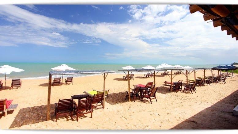 Praia de Taperapuã Porto Seguro BA