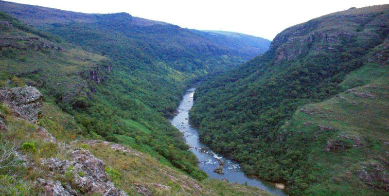 Cânion do Guartelá ( http://www.guiageo-parana.com/ecoturismo/guartela.htm)