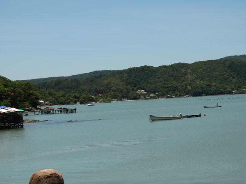 Praia de Sambaqui Florianópolis SC