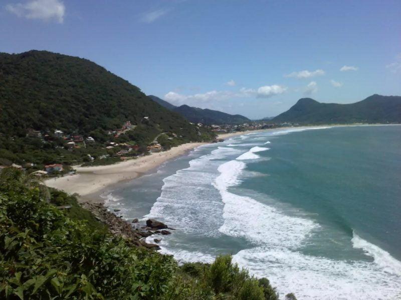 Praia da Solidão Florianópolis SC (Foto: https://www.airbnb.com.br/rooms/959701)