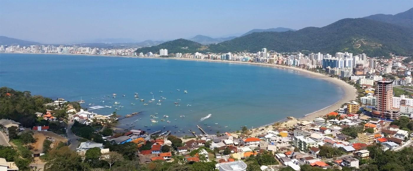 Praias de Itapema SC (foto fonte http://www.hotelpassos.com.br/pousada/)