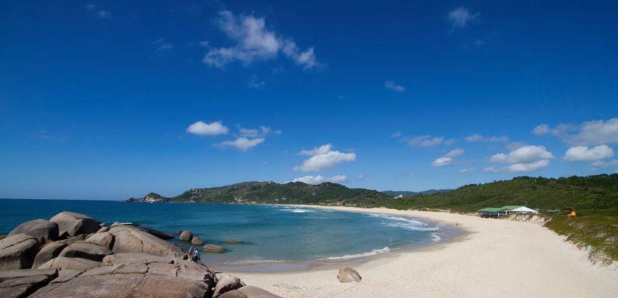 Praia Mole Florianópolis SC (foto fonte Pousada Canto da Mole)