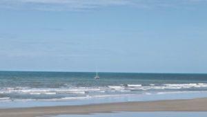 Praia do Canto Verde CE (Foto: http://robertadamasceno.blogspot.com.br/2014/05/praia-do-canto-verde-ceara.html)