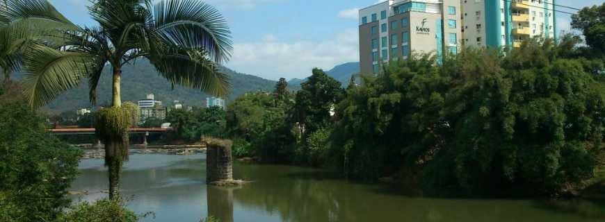 Atrativos Naturais Jaraguá do Sul SC ( Foto Fonte https://www.ferias.tur.br/cidade/8518/jaragua-do-sul-sc.html)