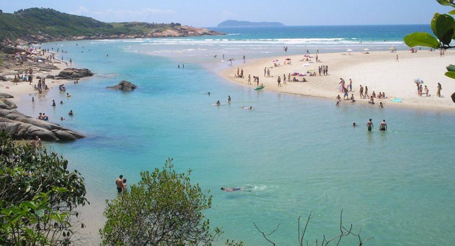 Palhoça SC atrativos naturais (foto fonte http://amigodeviagem.com.br/as-melhores-praias-de-palhoca-sc/)