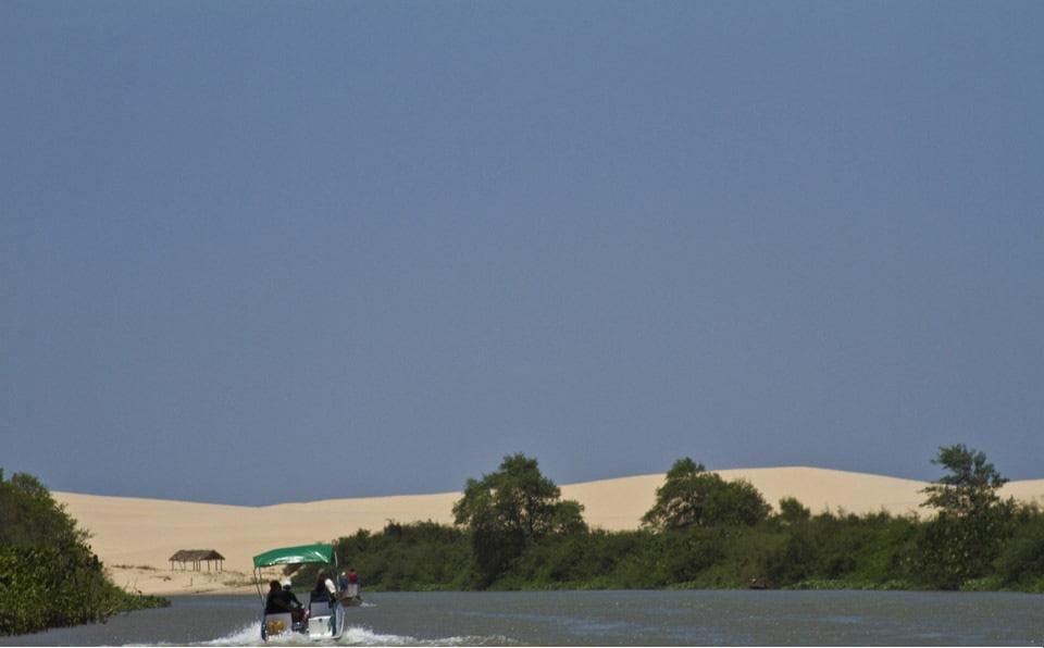 Dicas de Hotéis Cajueiro da Praia ( foto fonte https://www.praiasdopiaui.com.br/praias-pi/cajueiro-da-praia-piaui)