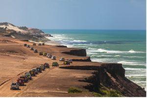 Praia da Pipa (Foto: http://maisoffroad.com/2014/10/16/suzuki-adventure-recebe-600-convidados-na-praia-da-pipa-rn/)