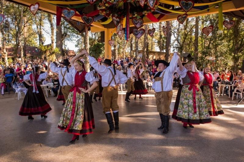 Festival Sabores da Colônia ( foto fonte http://www.novapetropolis.rs.gov.br/servicos_detalhe.php?id=297)