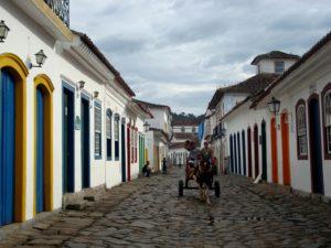 Centro Historico de Paraty (foto https://garfosequartos.com/2012/08/11)