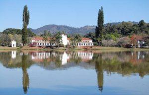 Parque das Águas (foto http://www.grandvillehotelsl.com.br/parque-das-aguas-de-sao-lourenco/)