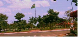 Itaúna do Sul - Praça da Bandeira (foto https://mateusbrandodesouza.blogspot.com)