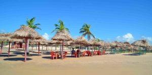 Praia do Pesqueiro (foto: https://www.flickr.com/photos/celsoabreu/9406437430)
