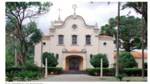 Igreja Sagrado Coração de Jesus Arapongas (foto http://www.viajeparana.com/Arapongas)