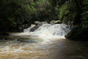 Mandirituba - Cachoeira de Espigão das Antas (foto http://www.viajeparana.com/Mandirituba)